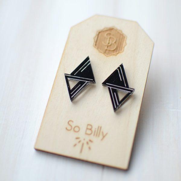Double triangle Black